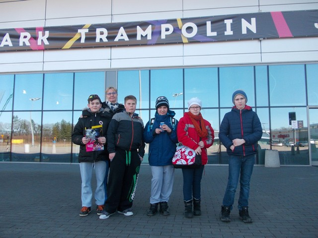 Wycieczka kl.VSP do Parku Trampolin w Bolesławicach
