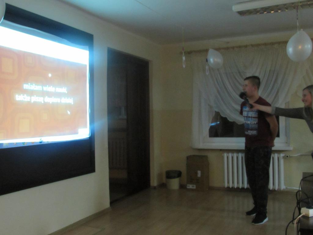 Karaoke w internacie
