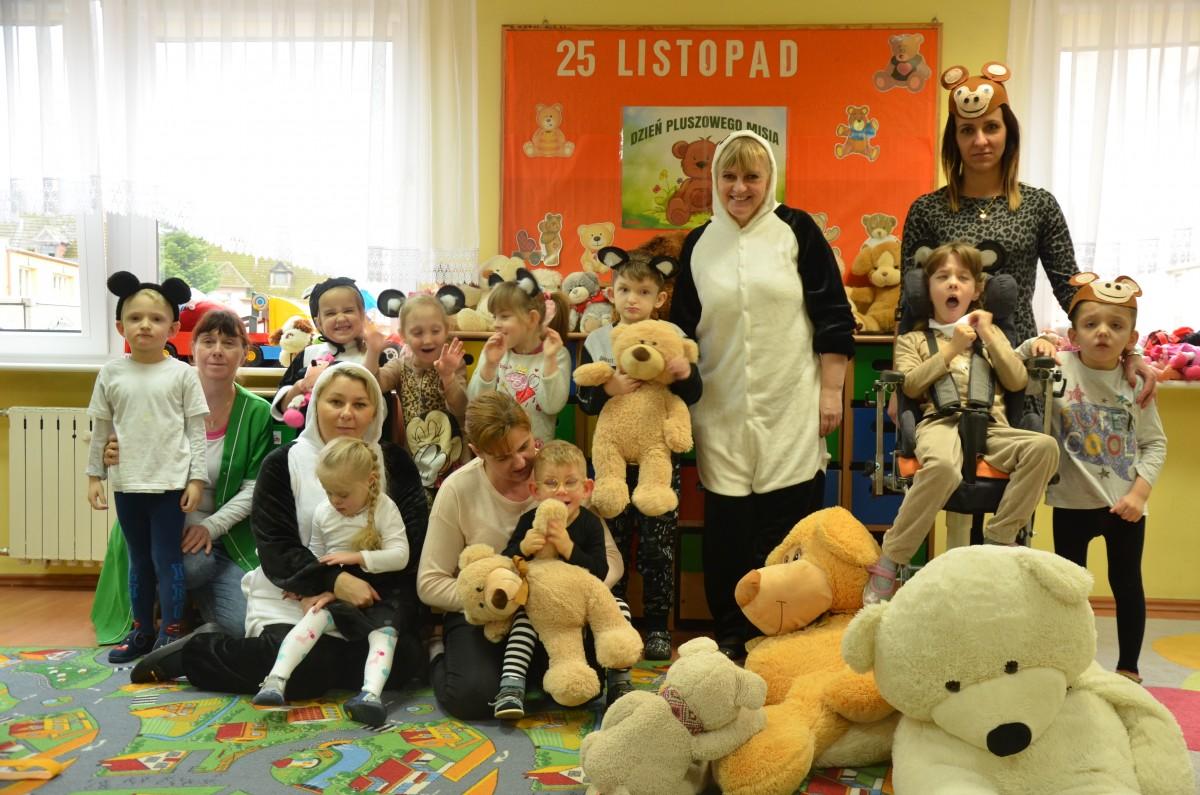 Światowy Dzień Pluszowego Misia w przedszkolu w SOSW w Sławnie