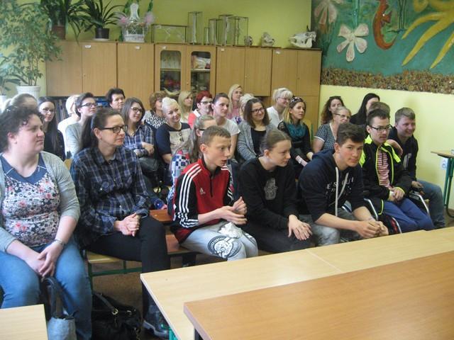 Studenci surdopedagogiki z GWSH na zajęciach w SOSW