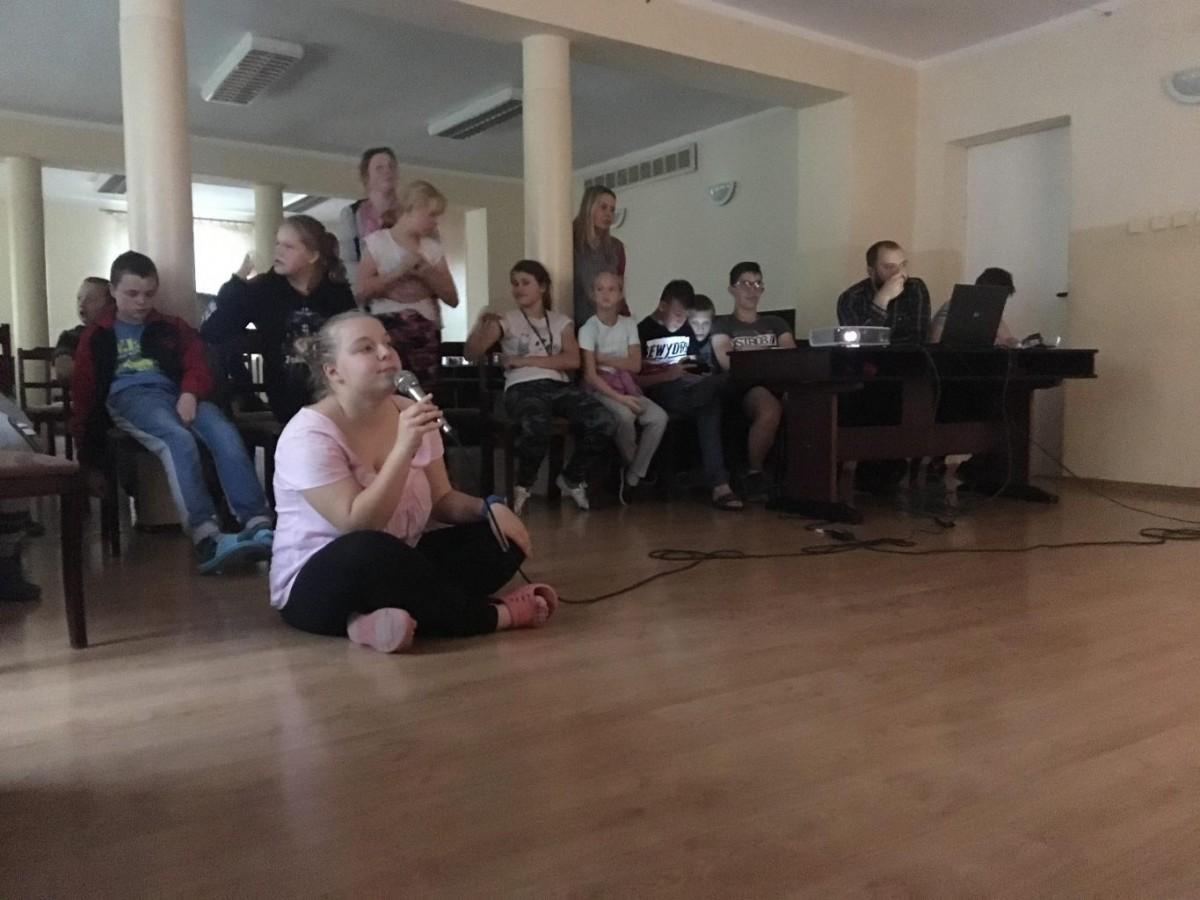Impreza karaoke w internacie