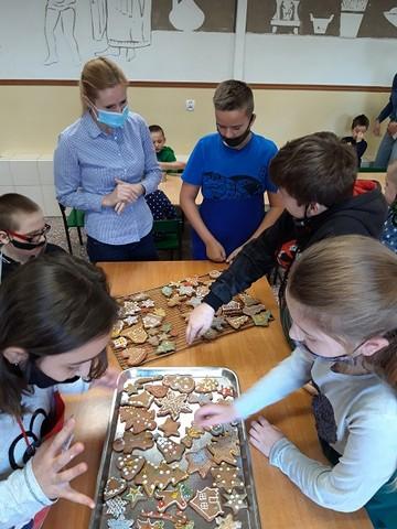 """Warsztaty kulinarne """"Piernikowe szaleństwo"""" –     1-2.12.2020r."""
